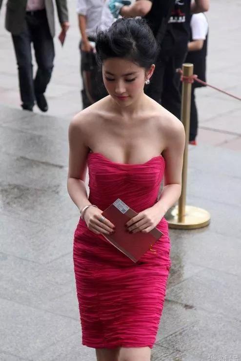 红裙刘亦菲,美艳绝伦