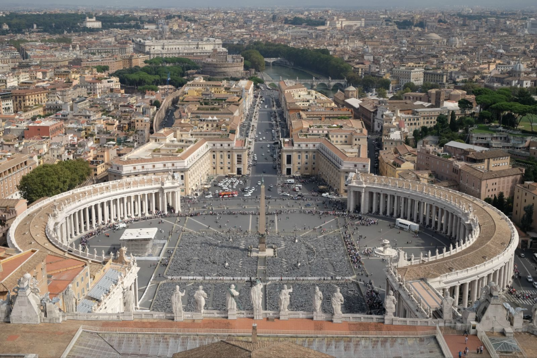 梵蒂冈面积仅为0.44平方公里,比故宫还小,这是一个怎样的国家?