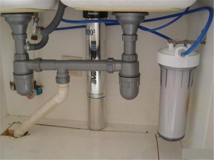 净水器的3大坑不要踩,过来人的劝告,别被忽悠交智商税