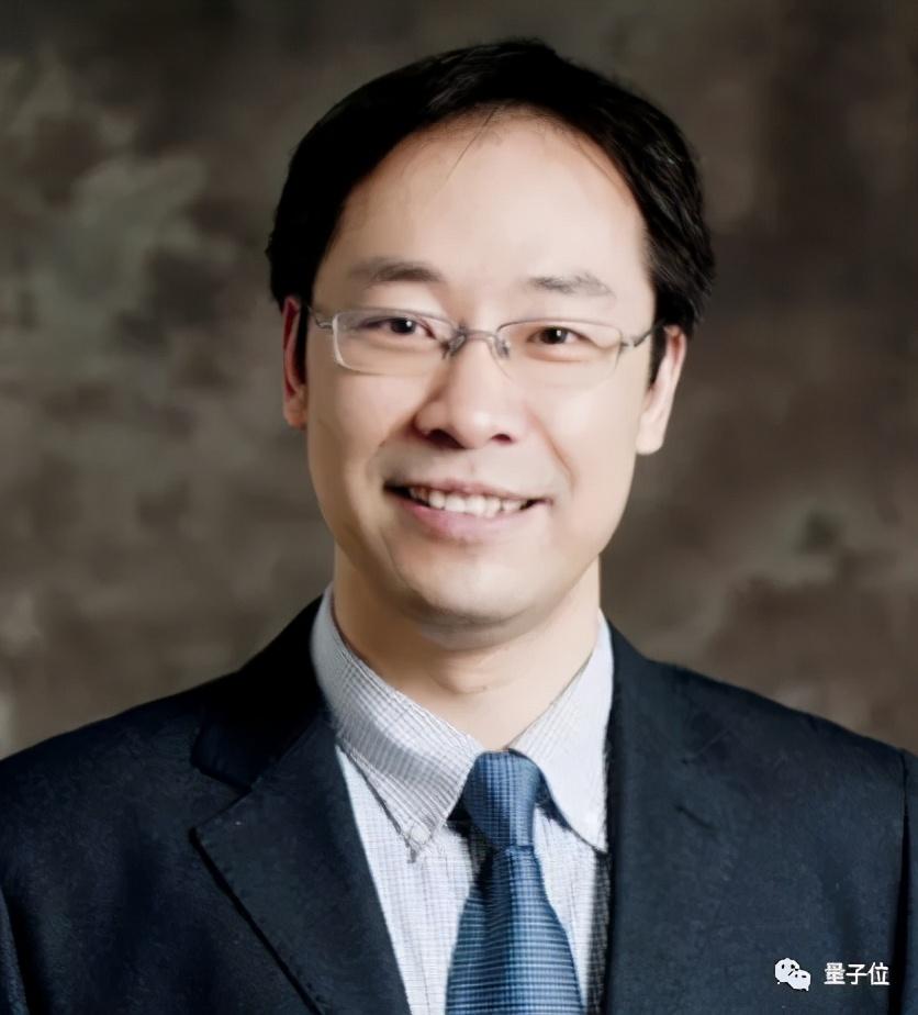 清华教授沈向洋:创新就要做到极致,用开源的方式培养未来工程师