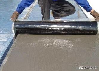 湿铺自粘沥青防水卷材施工方法工艺方案流程