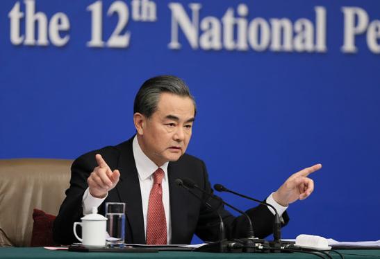 王毅谈中印关系,不会主动让事态复杂,愿同印方管控解决各种问题