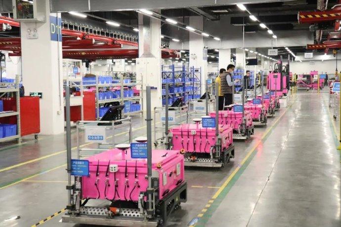 碧桂园机器人调查:800亿蛋糕,团队骚动,莫名其妙的产品