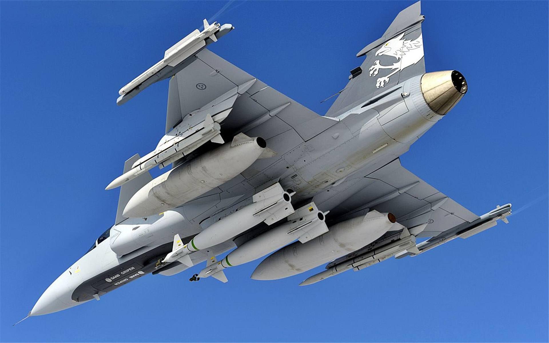 委内瑞拉疑似寻求空中力量,美媒积极吹捧我国歼-10,安的什么心