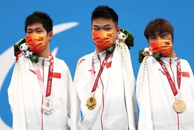 残奥奖牌榜中国排第一!高燃瞬间惹泪目,刘德华被赞上热搜不意外