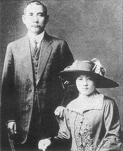 宋霭龄在表白孙中山失败后,为何宋庆龄却转而嫁给了他