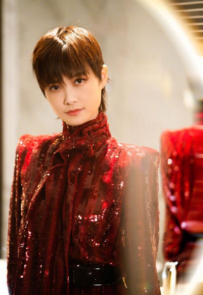 《青你3》官宣Lisa,杨丞琳喊话李荣浩求认识,却遭老公拆台