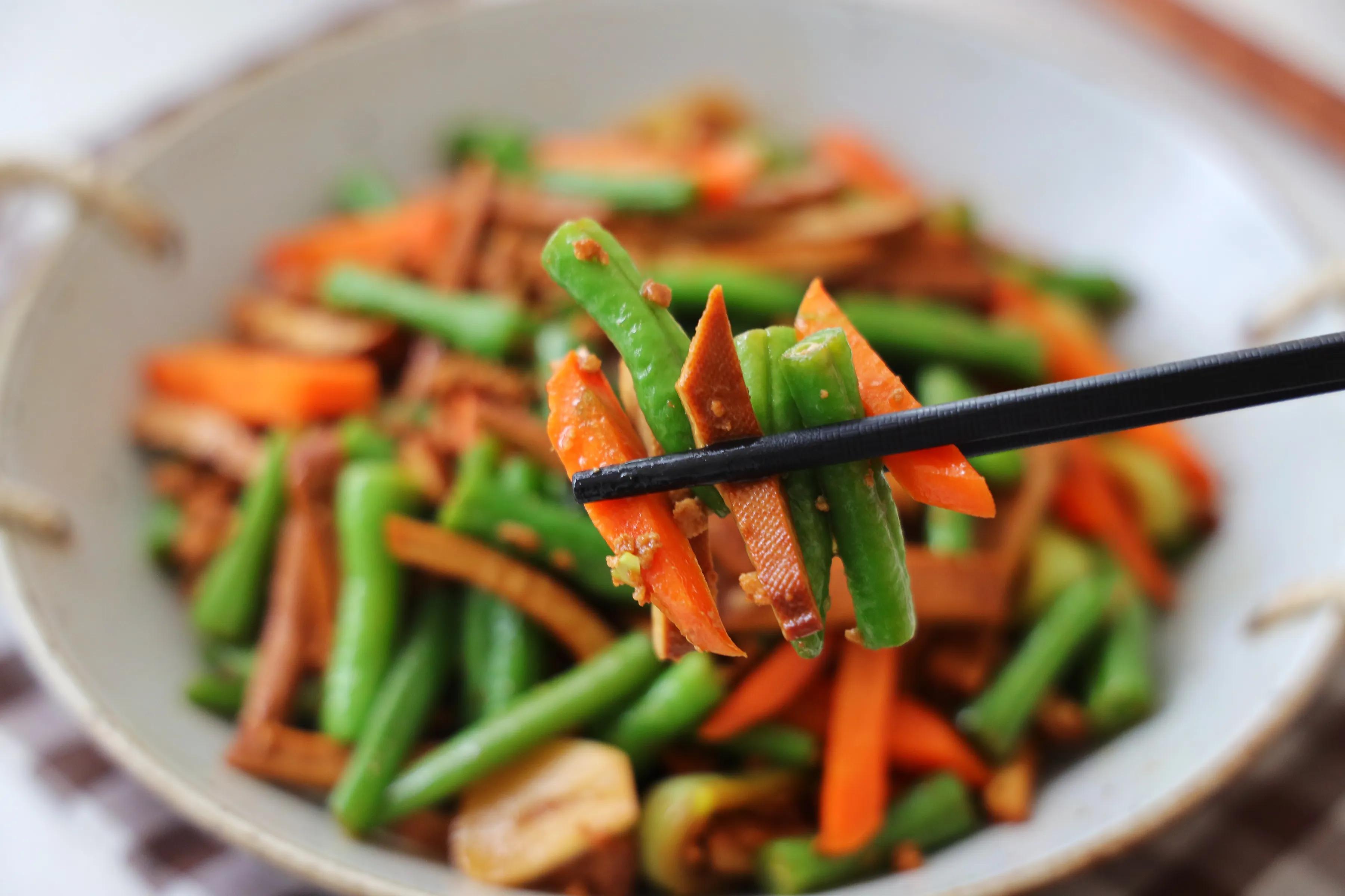 天气热,晚餐要多吃这道家常菜,营养丰富好下饭,多吃也无负担 美食做法 第11张