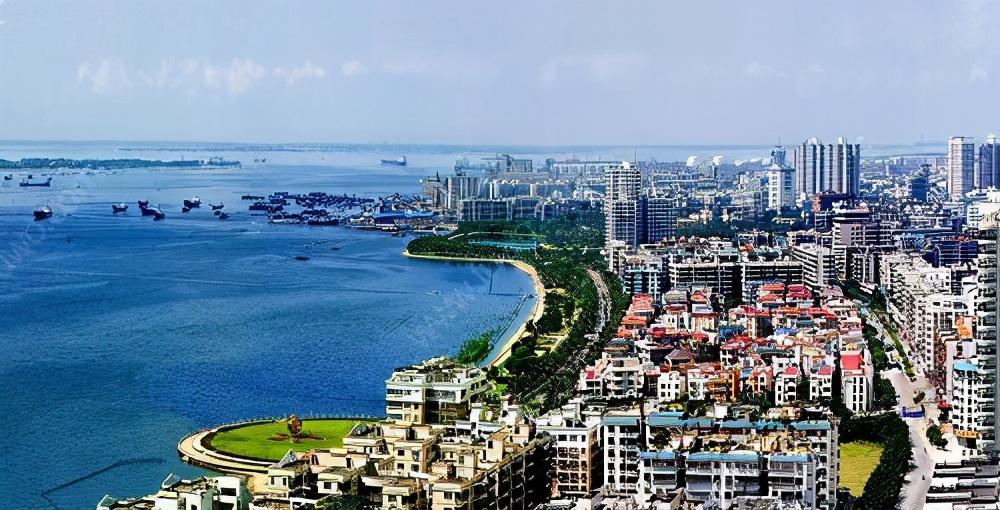 """隶属湛江的一个县,号称""""我国第一甜县"""",发展却不是很乐观"""