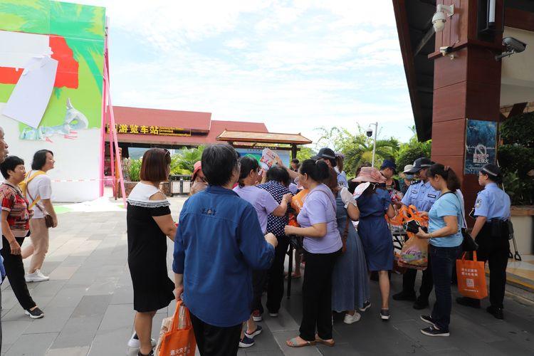 国庆、中秋双节前 三亚消防救援支队深入重点单位开展消防宣传工作