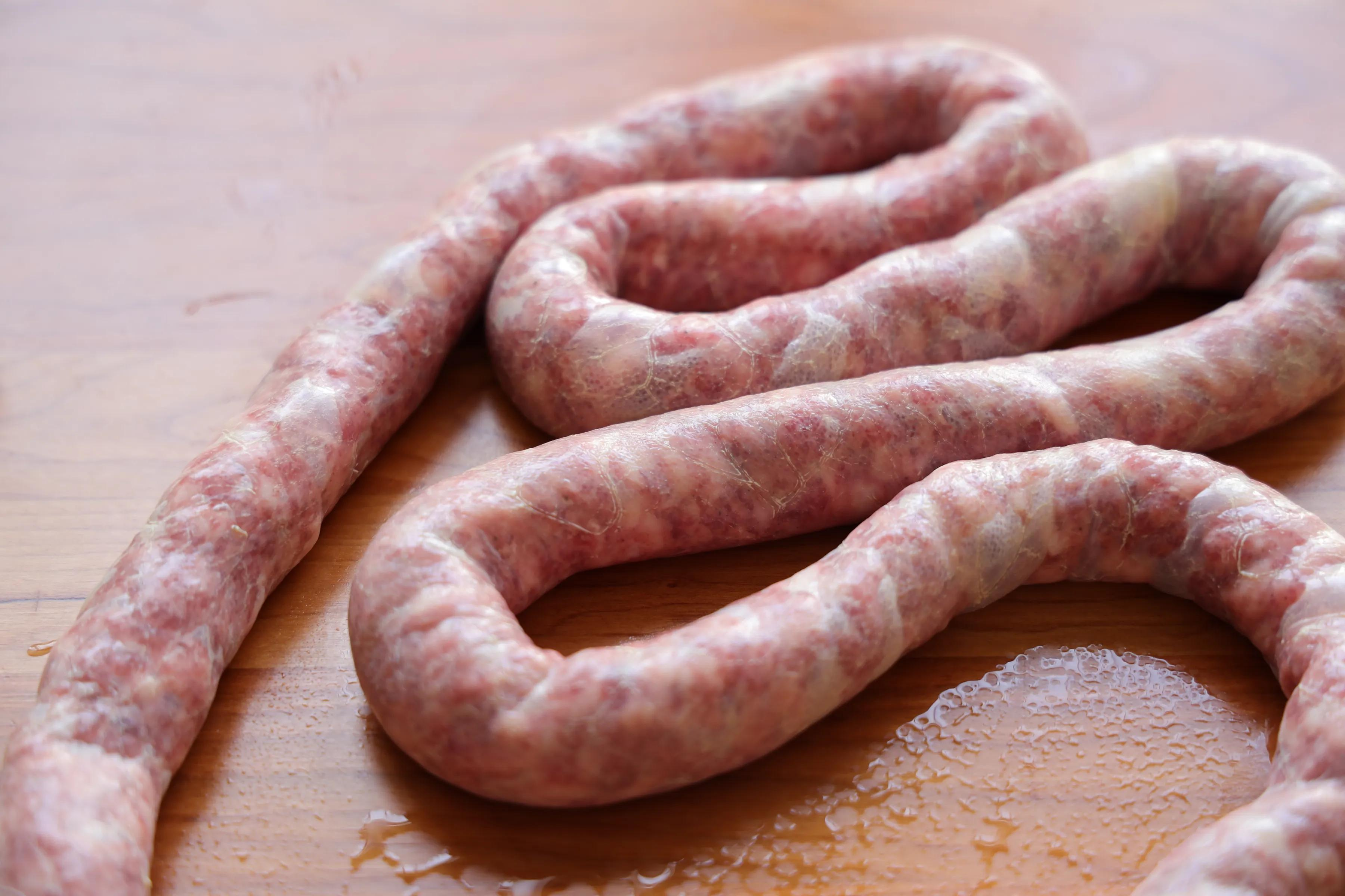 自制脆皮肠,纯肉馅儿吃起来太过瘾了,在家做无添加才健康