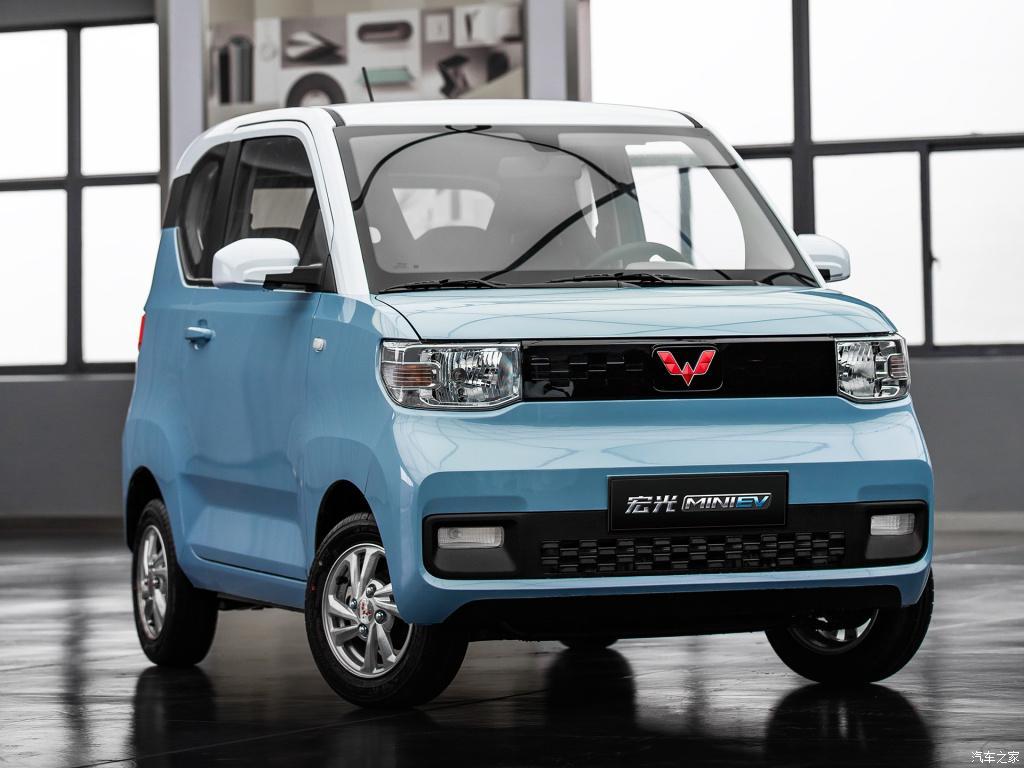 宏光mini热销,特斯拉风波不断,中国人需要的汽车是什么样?
