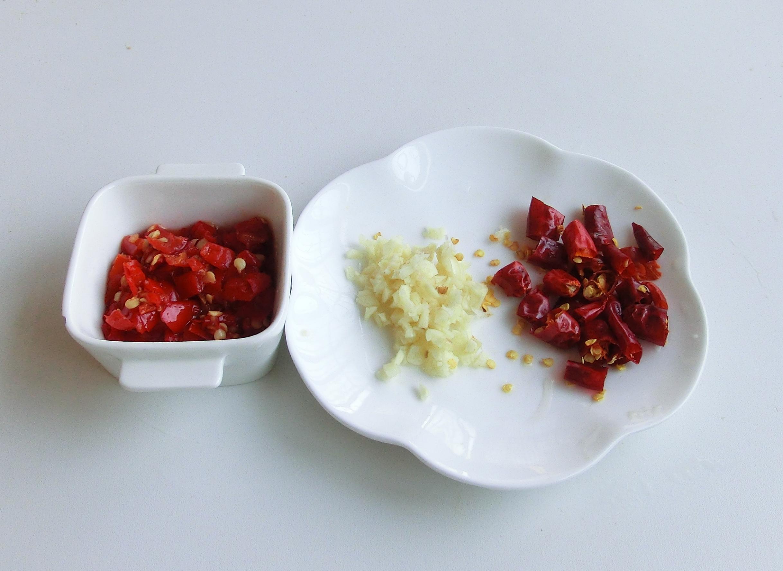"""进入夏季,""""2种""""碱性蔬菜要常吃,做菜又做汤,暑湿不易找上门 美食做法 第6张"""