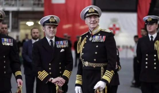 """""""老佛爷""""中国军舰来了?从北极威胁英国?英方炒作中国海军实力"""