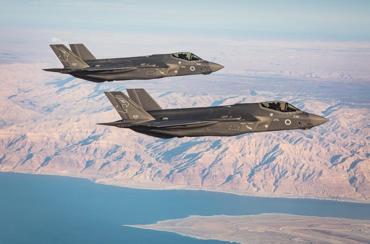 15年了,美国终于同意出售F-22战斗机,并不是卖给日本