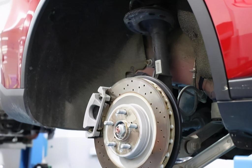 比亚迪唐EV600D 底盘解析,如何平衡高性能与长续航?