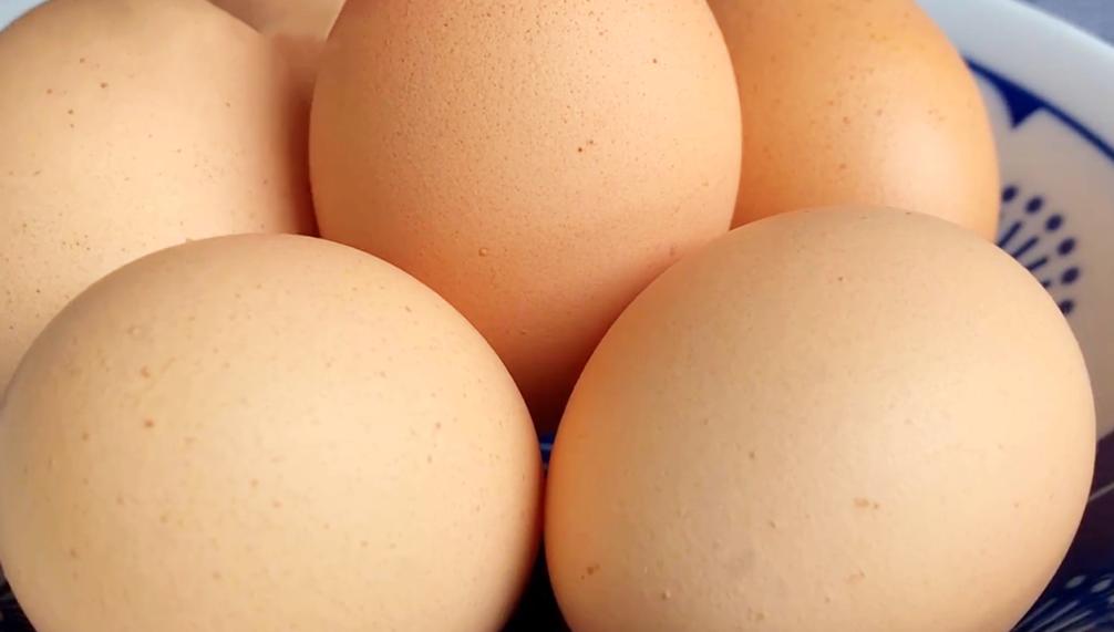 雞蛋不用水煮了,只需要1張紙,1分鐘煮一鍋,老嫩適中輕鬆剝殼