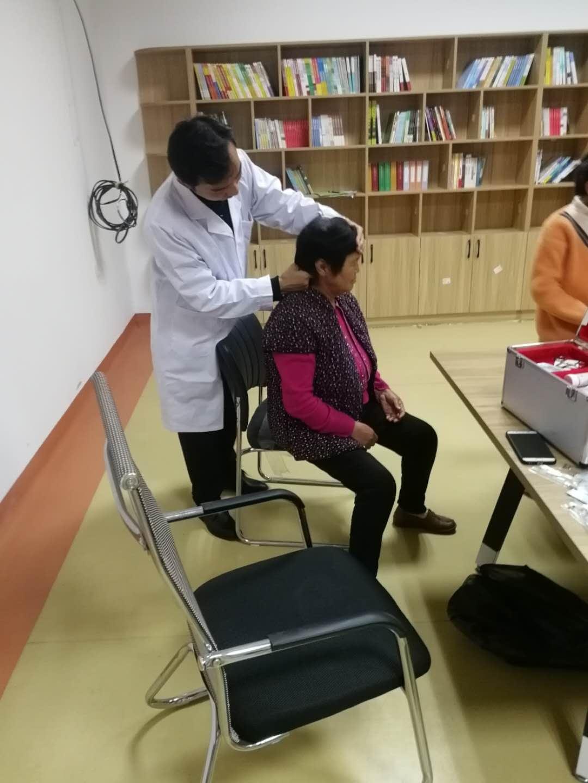 台前县民政局:健康讲座在行动,义诊活动暖人心