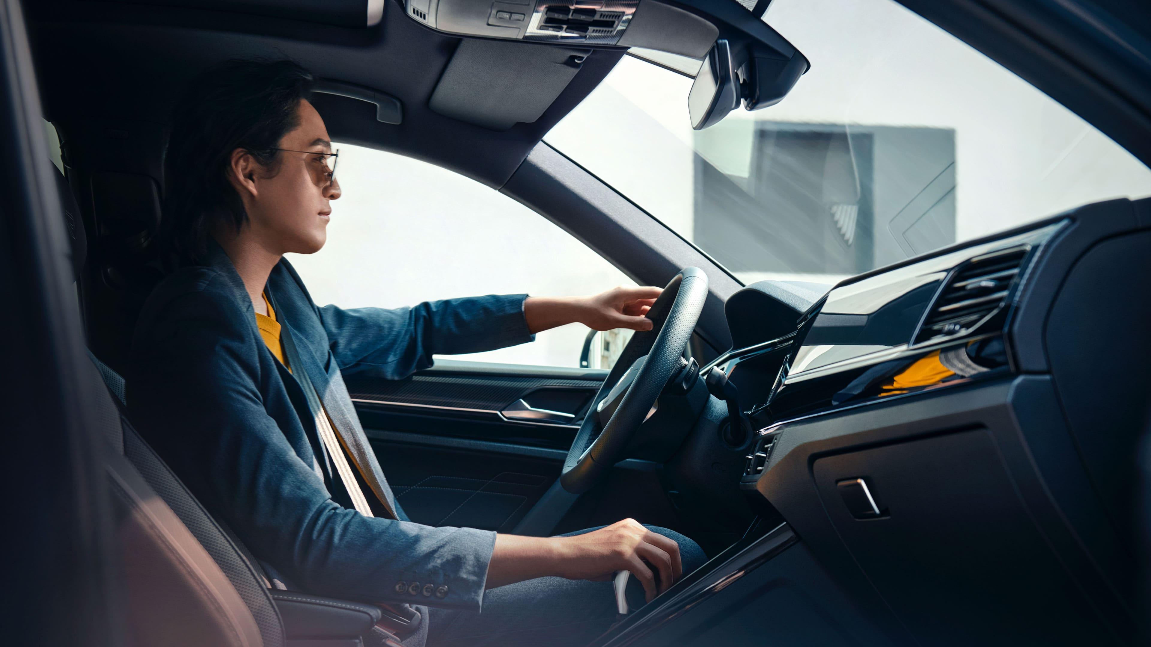 豪车与普通车的差距有多大?车主的回答太真实,到冬天更明显