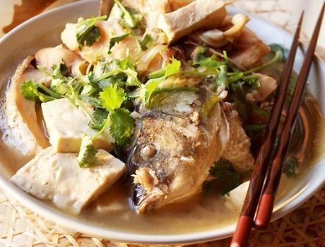 草鱼炖豆腐的做法步骤图 补蛋白补钙促生长