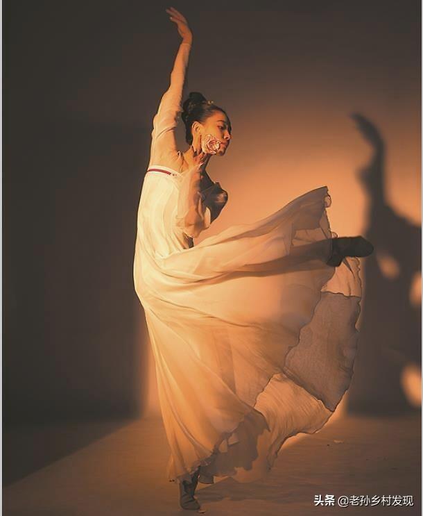 《舞蹈风暴2》迎来争夺总冠军之夜,四强中没有李超艳的名字