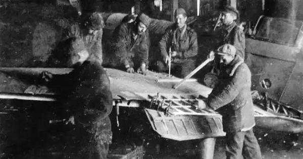 """二战中本土损失惨重的苏联,战后凭什么立马当""""超级大国""""?"""