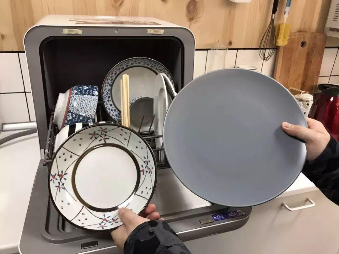 洗碗机真的很鸡肋?用过的人才知道有多好,实用又省事 家务卫生 第1张