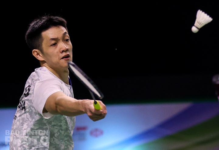 安赛龙轰10-1强势挺进8强!刘国伦完败出局,泰国3人全止步