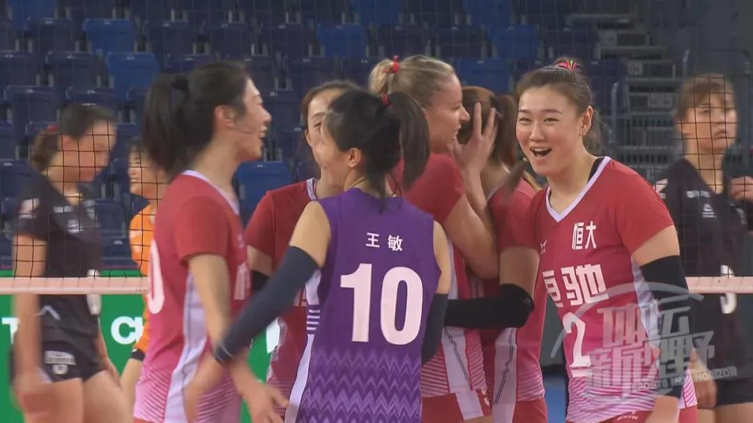 新賽季排超迎來首場重量級對決!全華班天津女排對陣雙外援廣東,朱婷與羅賓遜這對好友兵戎相見