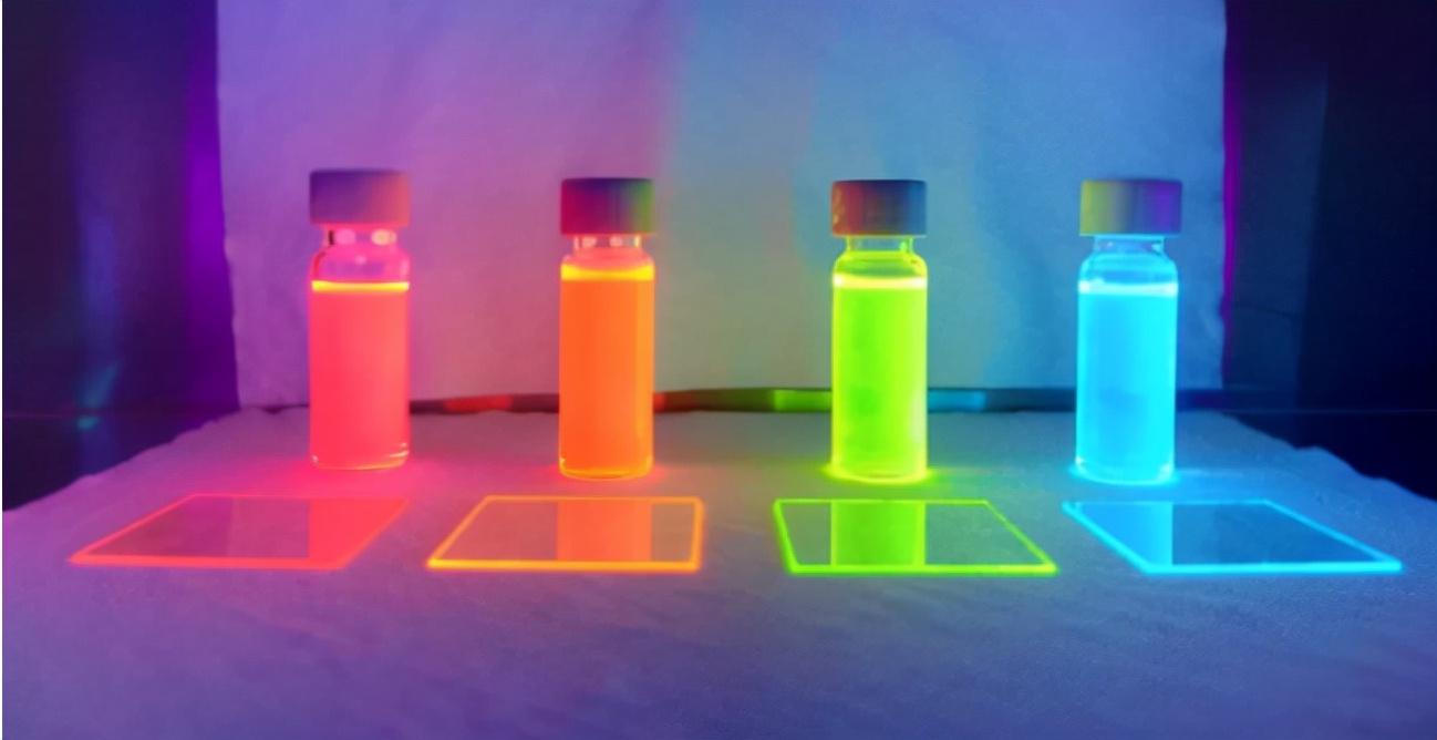 比黄金还贵3倍?中国研发的OLED发光材料,意义有多重大?