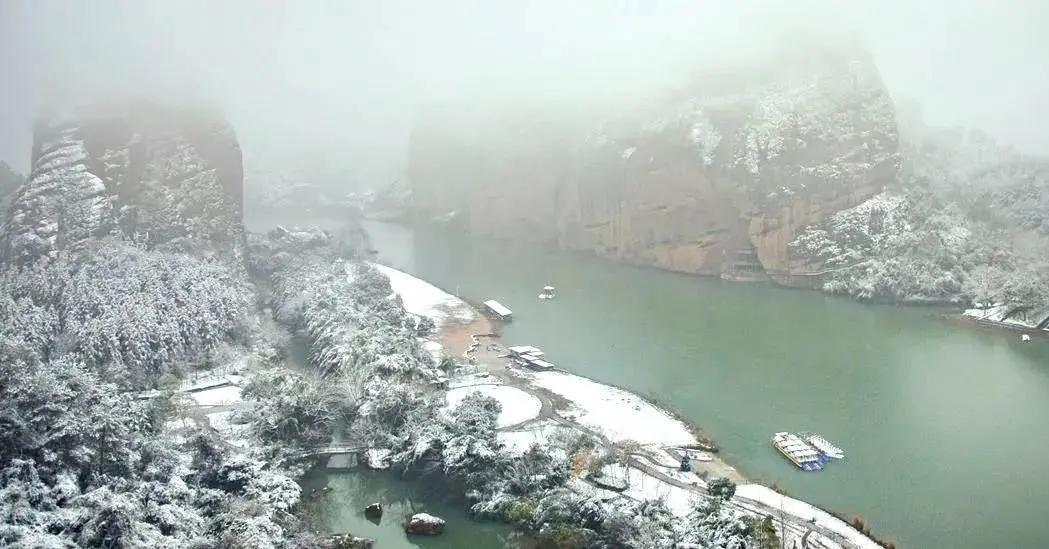 新发现!龙虎山的冬天竟是七彩的