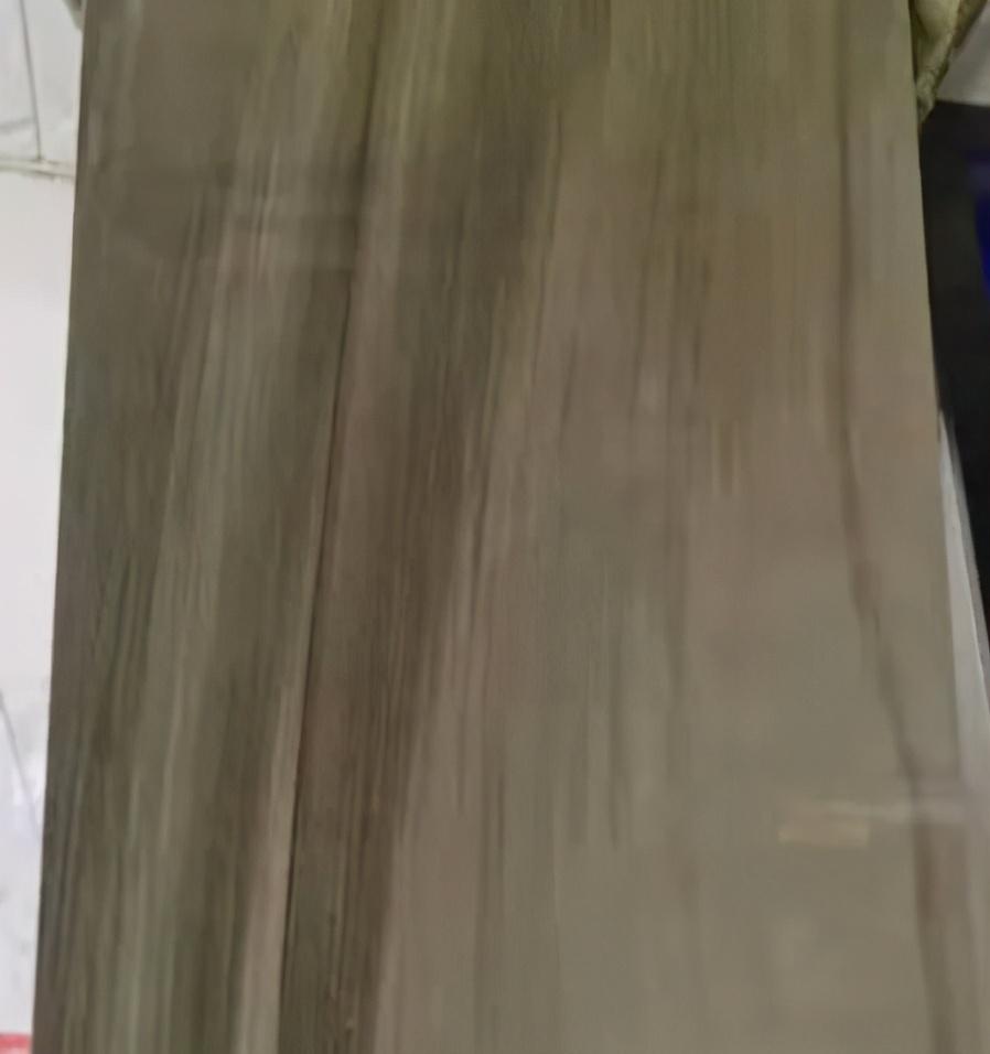「急需」1000方木纹砖、白色哑光瓷砖、生产柔光磨具砖的厂家