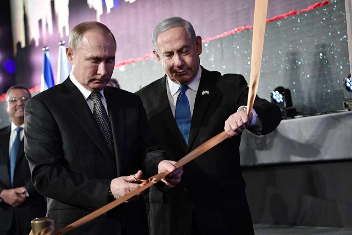 """让西方国家感到绝望和挫折的根源,俄外长拉夫罗夫的""""两副面孔"""""""
