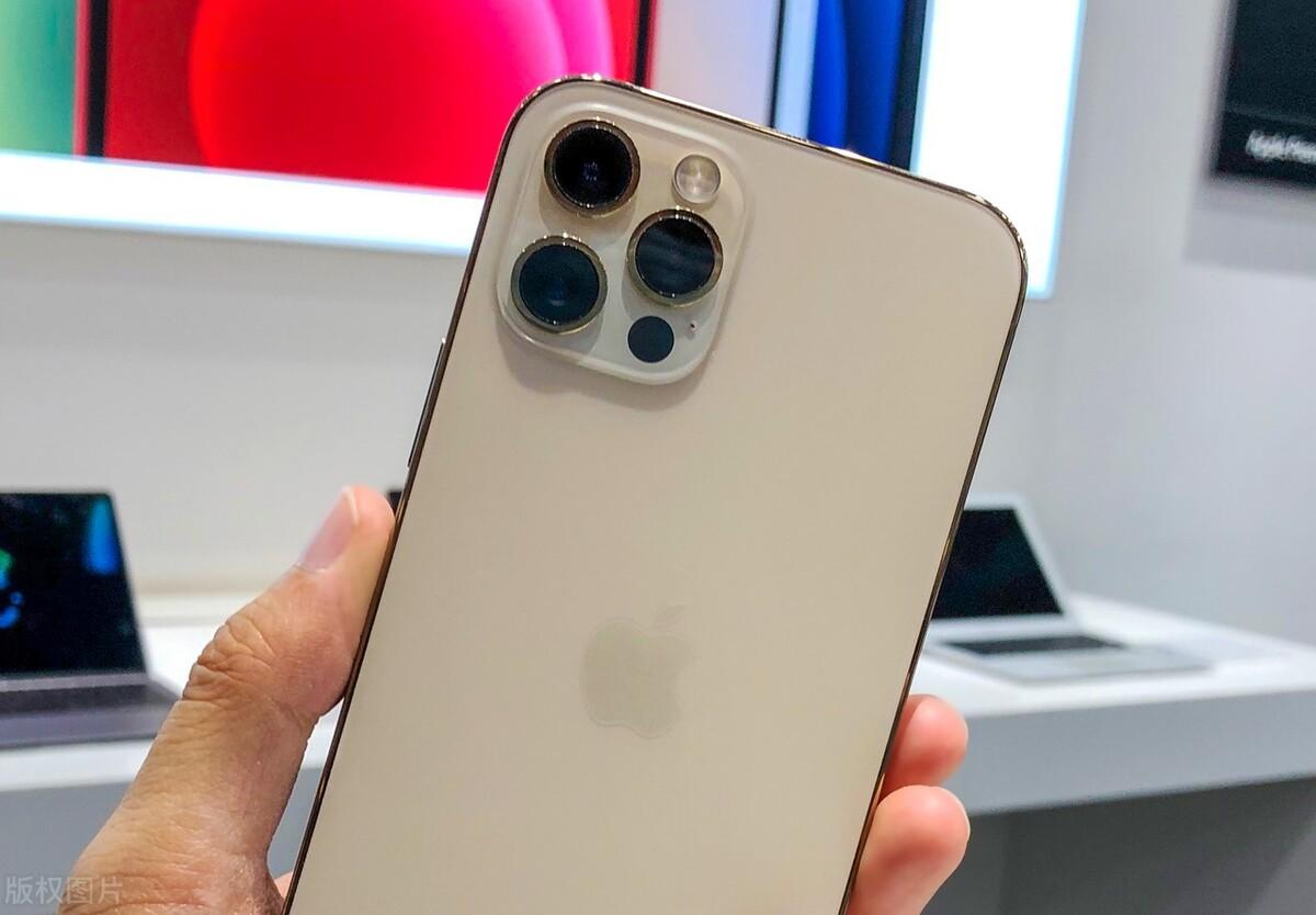 为什么到旗舰手机级别,iPhone依然是首选?安卓旗舰不行?