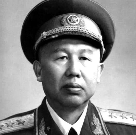 他23岁加入红军,46岁发起金城反击战,48岁授衔上将