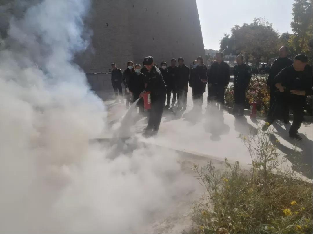 武威市文博单位开展冬季消防安全知识培训和现场模拟疏散应急演练活动
