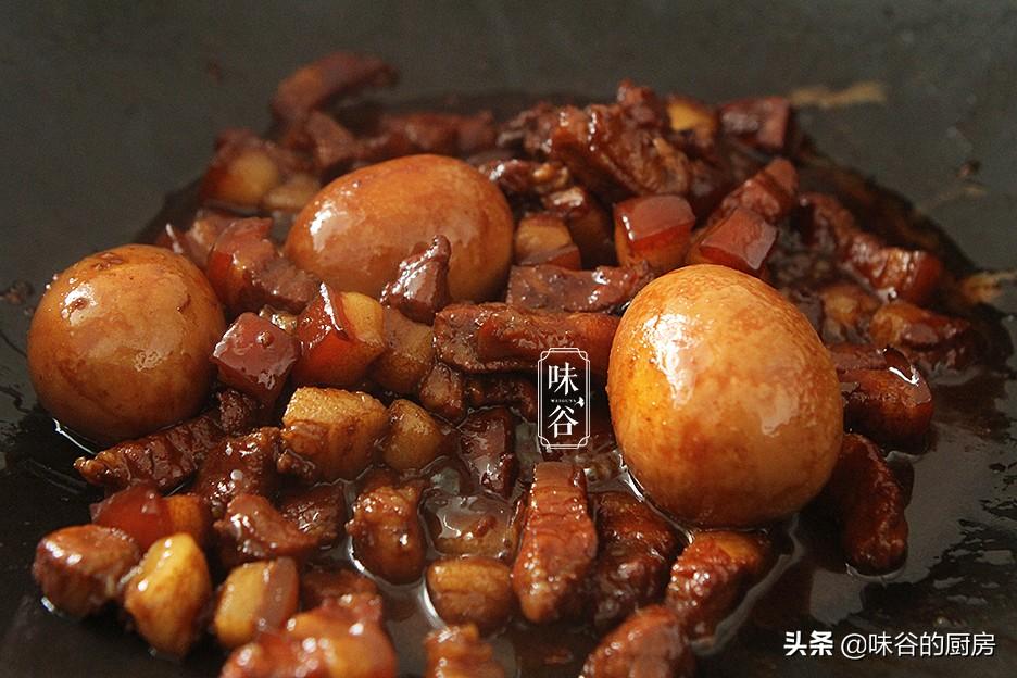 想吃卤肉饭在家就能做,肥而不腻,汤汁拌饭都能吃三碗,太香了