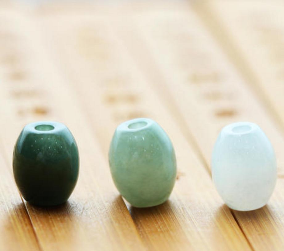 造型简单寓意好,7款翡翠被国人称为护身符,你更适合哪一种?