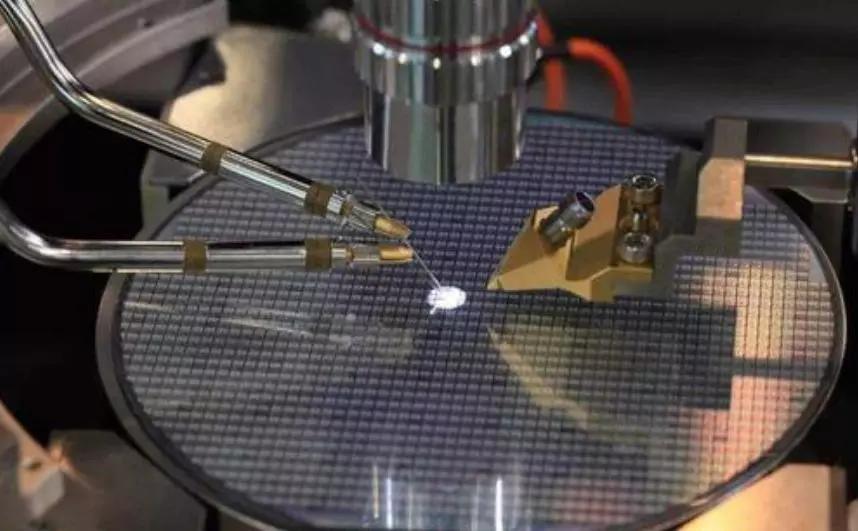 国内为啥造不出华为设计的芯片背后认清一个现实