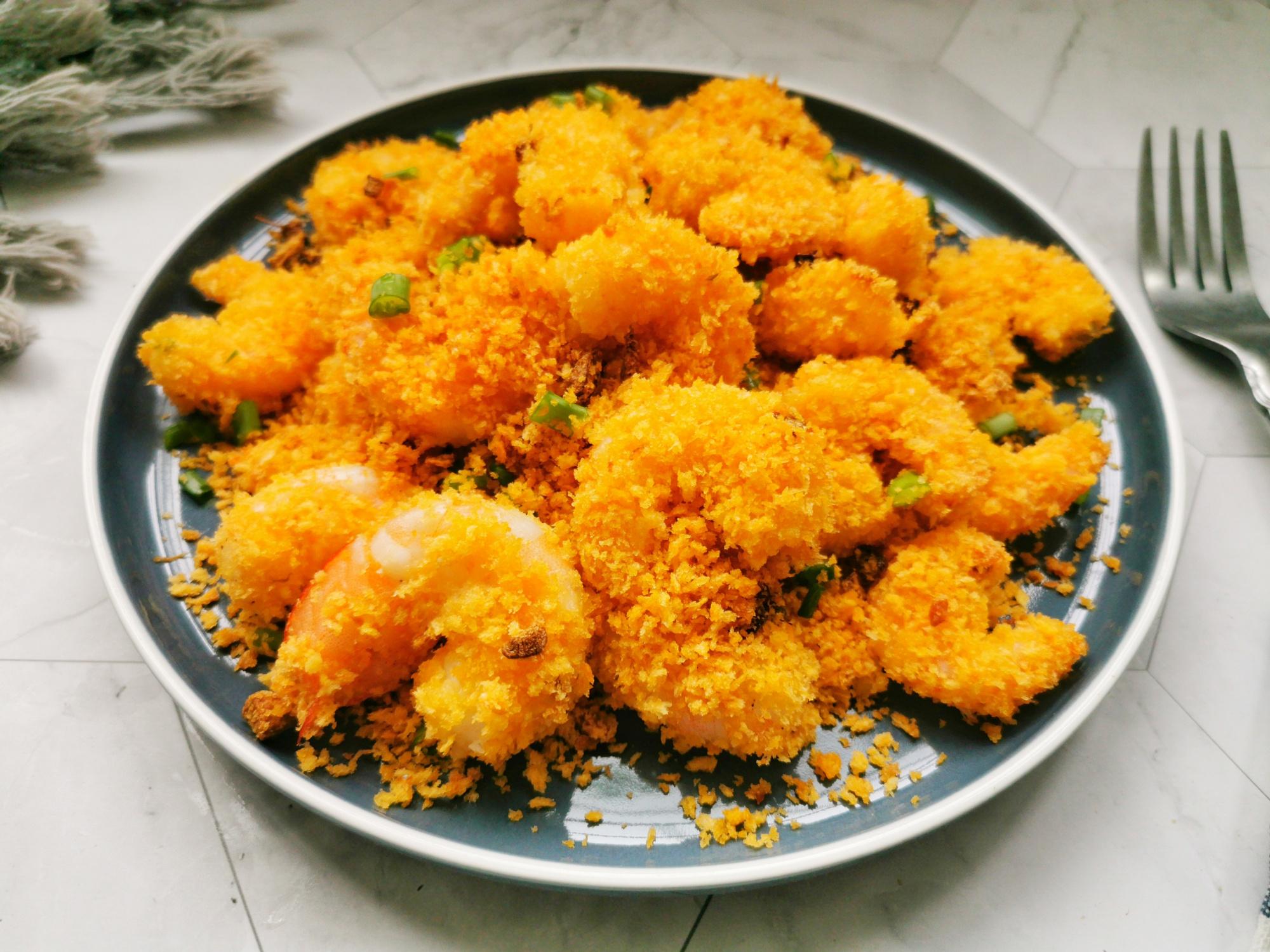 我家大蝦不愛水煮,學會這種做法,不油炸不清蒸,外酥里嫩不油膩