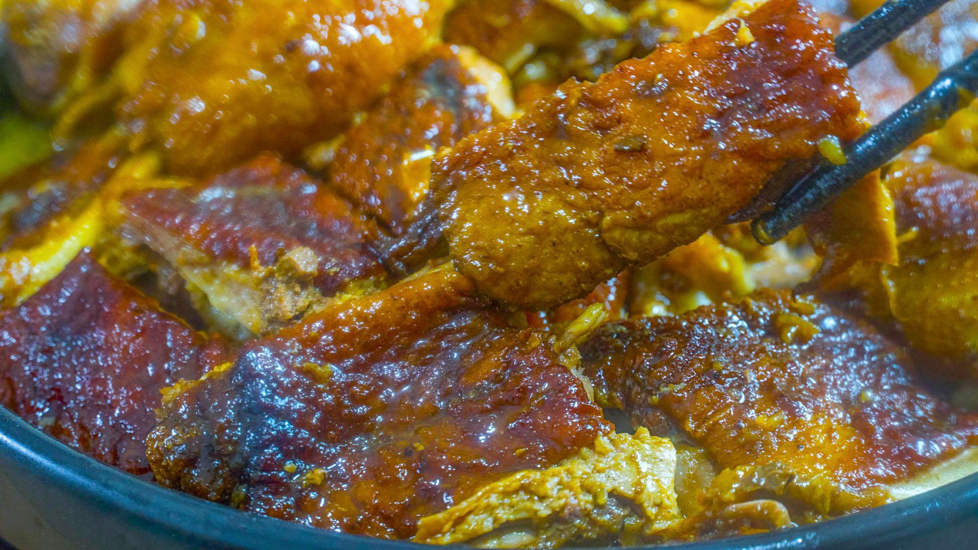 年夜飯上桌,我家吃鴨肉喜歡這種做法,出鍋漂亮有食慾,簡單味美