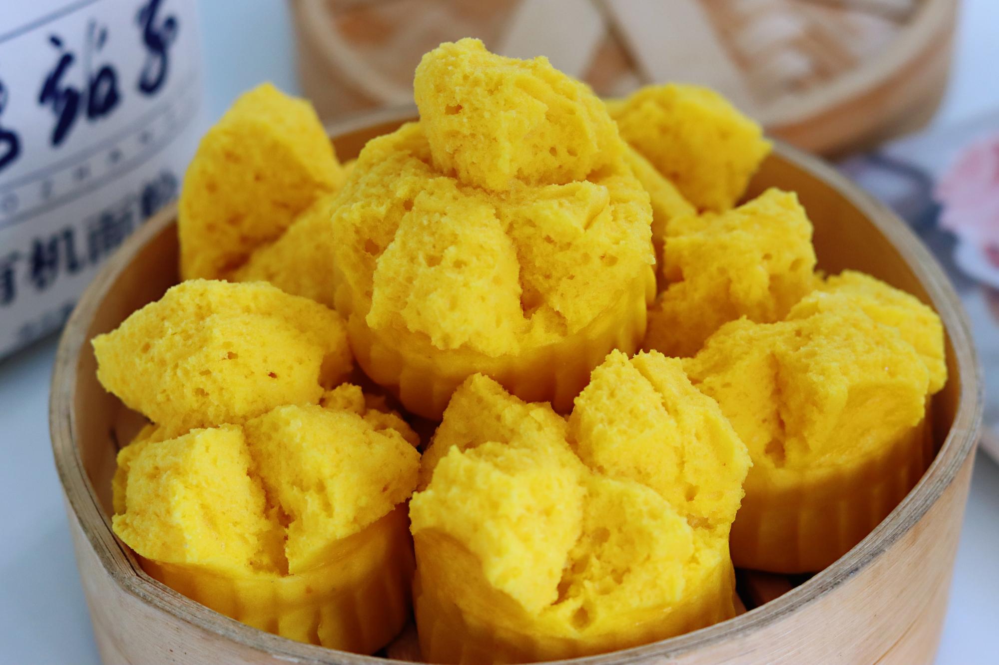女人要多吃它,鬆軟香甜又養顏,不用揉麵,個個開花,比蛋糕好吃