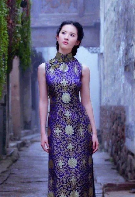 刘亦菲身穿旗袍,惊艳了时光,宛如回到民国