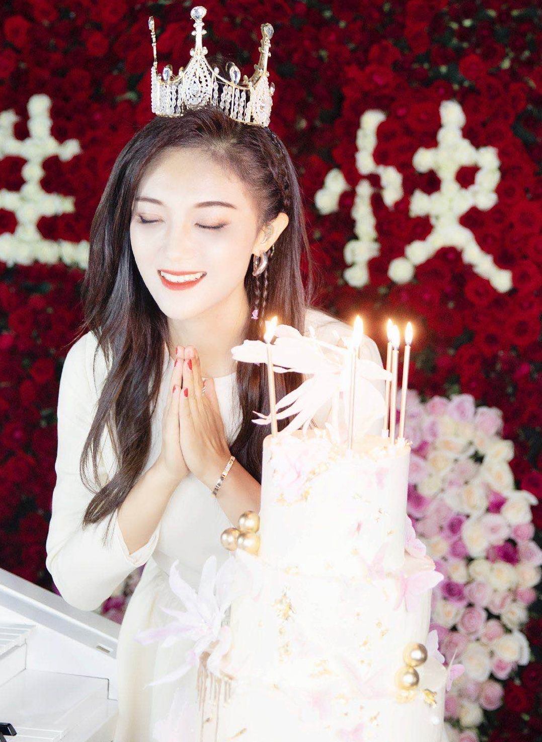 玖月奇迹最后一次同台 王小海和王小玮离婚后现状