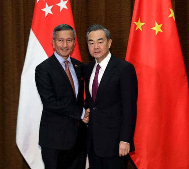 中美博弈:新加坡对中国的态度之转变,背后到底隐藏了什么?
