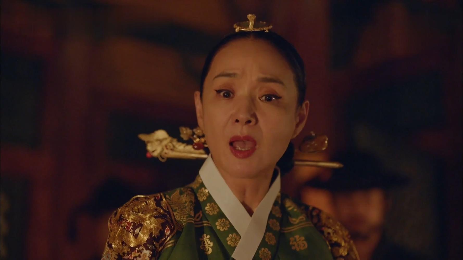 《哲仁王后》第8集:当着王后的面,大王想和男二号做个了断