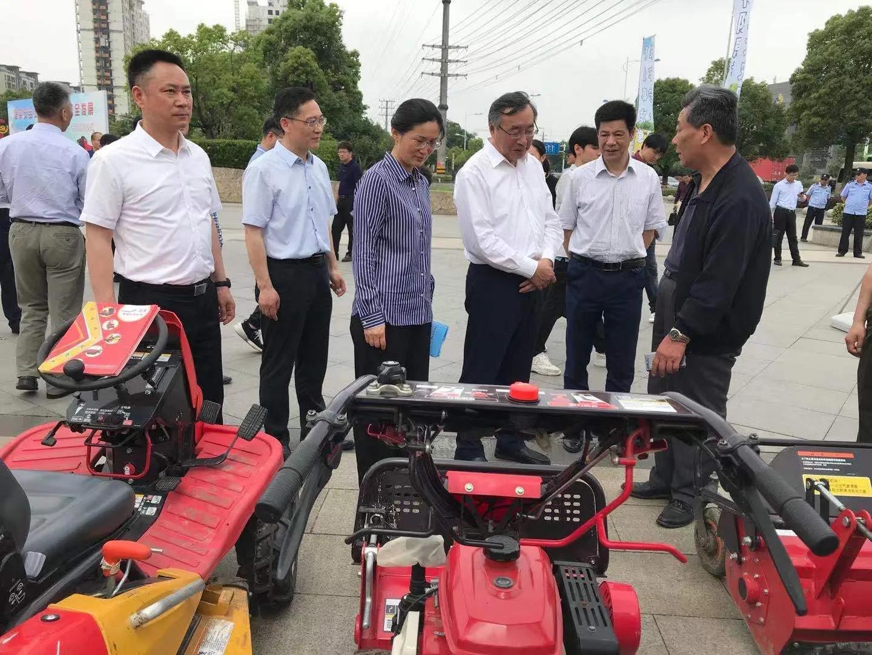 """2021江苏农机""""安全生产月""""活动在镇江启动"""