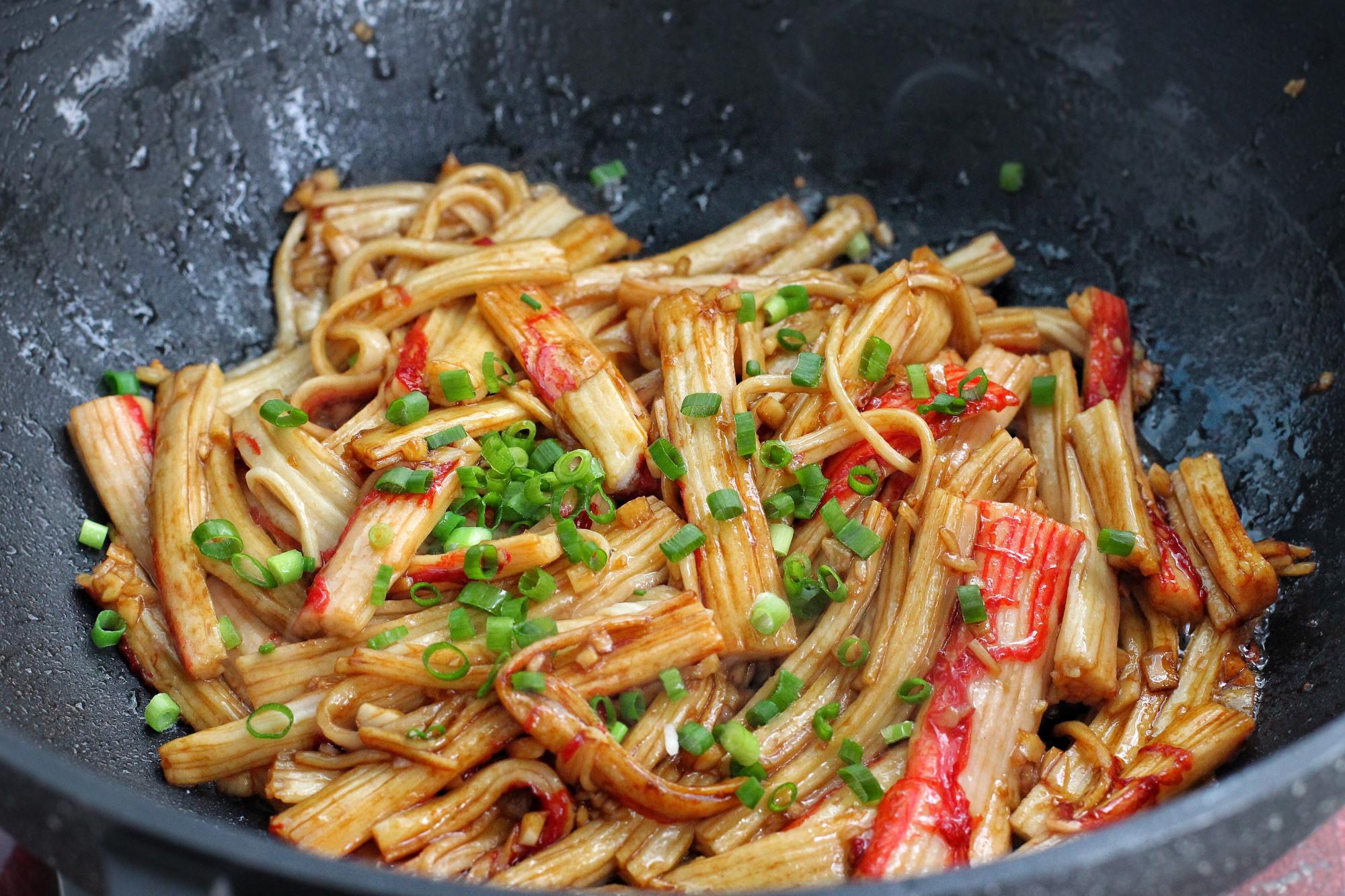 简单快手下饭菜,五分钟出锅毫无难度,口感鲜美嫩滑就是太费米饭 美食做法 第10张