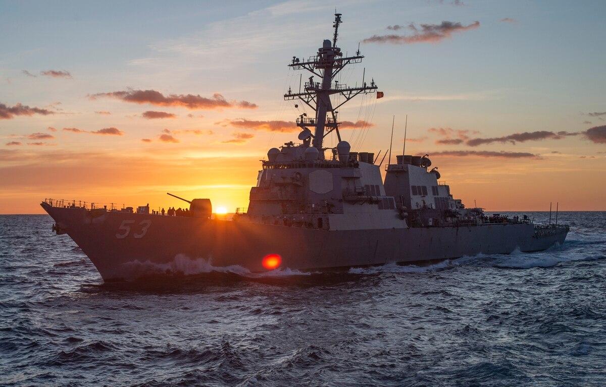 美军亚太威慑步步紧逼,中俄轰炸机日本海现身,年关将至联合亮剑