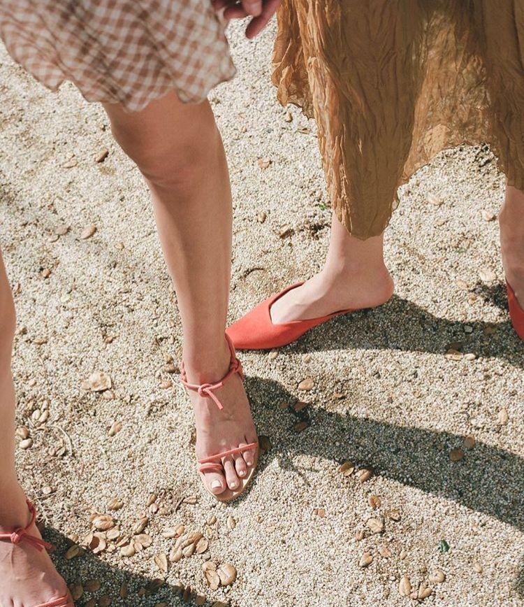 你是什么脚型,就穿什么鞋子,穿错了又丑又土还磨脚